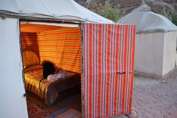 seven wonders bedouin camp petra