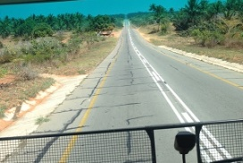 hitchhiking back to maputo from tofo